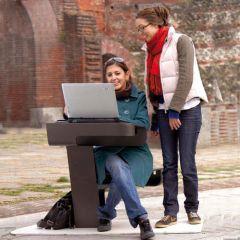 Wi-Fi Seat