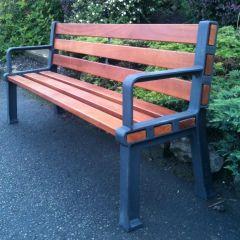 Retiro Seat