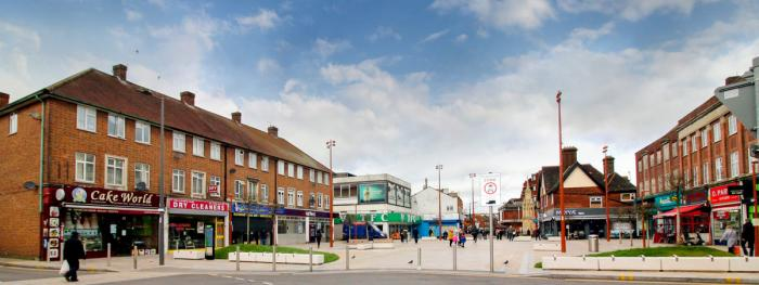 Complete package for new pedestrianised town square at Waltham Cross